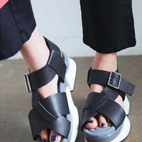 Chunky Sole Cross Strapped Sandals | STYLENANDA