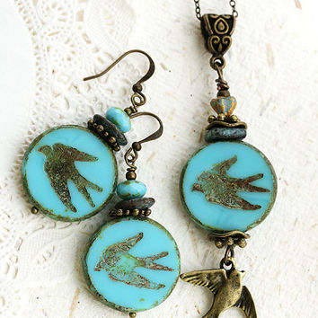 Blue Bird Jewelry Set, Swallow Earrings, Natural Jewelry, Bird Earrings, Turquoise Glass Earrings, Beaded Jewelry set