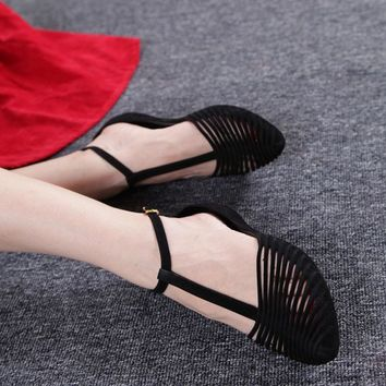 New fashion Vintage roman style lady flats jelly shoes pointed toe T-strap cut-outs fl