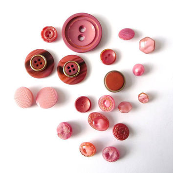 Pink and Golden Tone Vintage Buttons - 20 Several Sizes