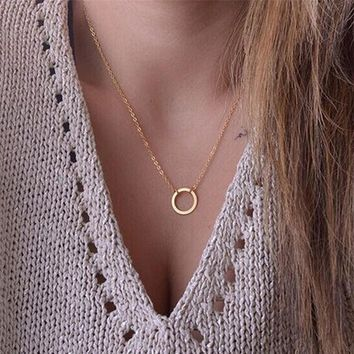 KISS WIFE New Women Trendy Necklaces Fashion Simple Gold Circle Pendant Choker Necklace Ladies Short Clavicle Chain   171213