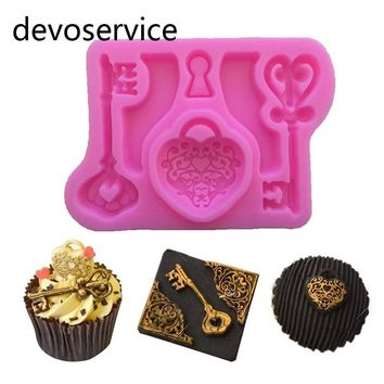 Vintage Heart Key Silicone Gumpaste Mould Cake Decorating Tools Chocolate Candy Fondant Cupcake Baking Molds Kitchen Accessories