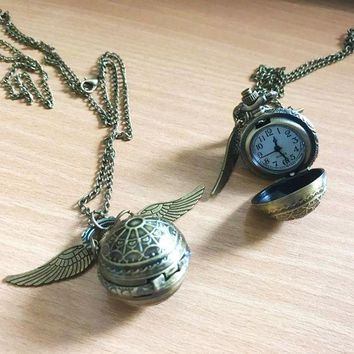 DCCKFV3 Vintage Style Men Women Harry Potter Angel Wing Charm Golden Snitch Pendent Necklace Female Male Popular Chain Necklace balls