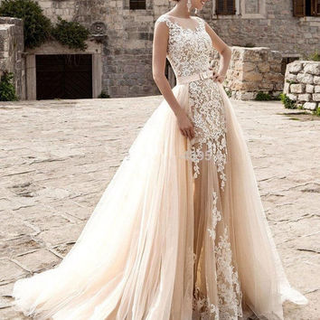 2017 New Arrive Wedding Dresses Jewel Lace Bridal Gowns Mermaid Overskirts Tulle Applique Wedding Gowns Illusion Floor Length WOMEN Dresses