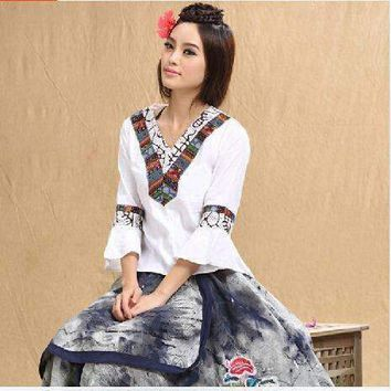 Woman Shirt 70S Mexican Ethnic Flower Embroidery Shirt Plus Size Women Clothing National Wind Tops