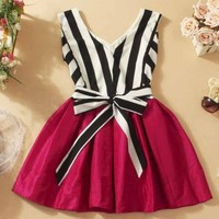 V-neck striped tutu dress stitching A 090537