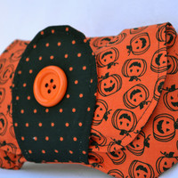 Halloween clutch, purse, snap pouch, clutch, fall clutch, wristlet, pouch in orange and black pumpkins