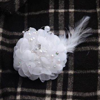 Prom Crystal Pearl 7 x 13 cm Wedding Dance Decor Boutonniere Bride Artificial Rose Corsage Brooch Hair Clip Flower White F516