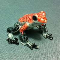 Miniature Ceramic Funny Frog Toad Sitting Animal Reptile Cute Little Tiny Small Red Grey Figurine Statue Decoration Hand Painted Collectible