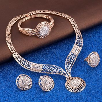 Ladies Exquisite Filigree And Rhinestone Jewelry Set Choker Necklace Earrings And Ring