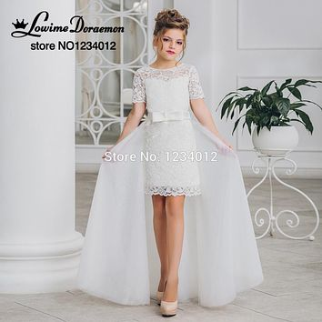 White Flower Girl Dresses Knee Length Short Sleeves Sheer Pageant Communion Dress with Train for Weddings Kids Evening Gowns