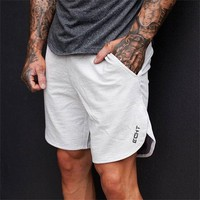 2017 Summer mens new shorts Calf-Length Fitness Bodybuilding fashion Casual gyms Joggers workout Brand short pants Sweatpants