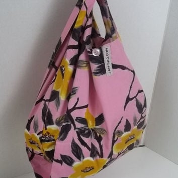 FOLDBAG // Foldable Lunch Bag - Tubaki Flower - Small Grocery Bag w/ Strap and Button Closure | reusable shopping bag, reusable grocery bag
