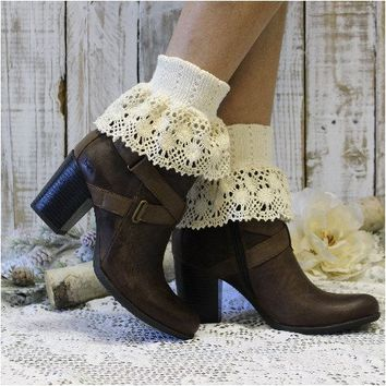 FALL pre-pack 2 lace cuff socks - ivory