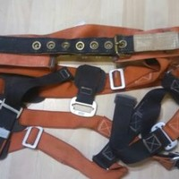 Klein Tools Climbing Belt & gear Model 87812 large 40 -48 1998