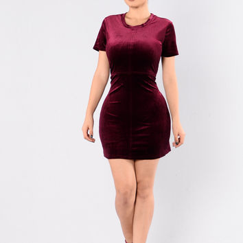 Seamstress Dress - Burgundy