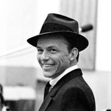 "Frank Sinatra Poster Black and White Mini Poster 11""x17"""