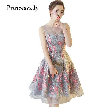 Elegant Grey Cocktail Dresses Knee Length SLeevelss Pink Embroidery Flower Charming Stylish Summer Formal Prom Party Gown New