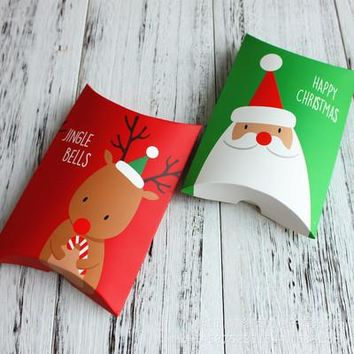 10pcs/lot Christmas Gift Box Green Pillow Shape Happy Christmas Candy Box Bag Red Color Paper Cookies Boxes 2019