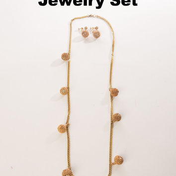 Miriam Haskell Vintage Jewelry Set Wooden Seed Beads Pendant Golden Chain