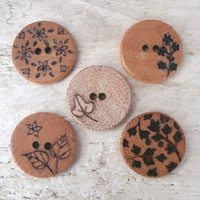 Wood Buttons - Flowers and Leaves - Set of 5 - Medium, 25 mm - Accessory, Clothing Buttons - UK Sewing Supplies
