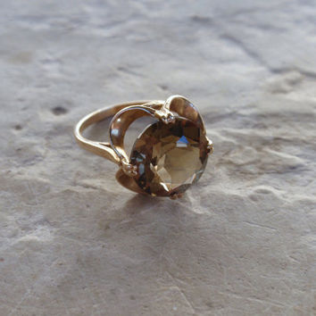 Ladies Citrine Ring Buttercup yellow gold round soilitare vintage engagement November birthstone 1970s