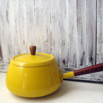 Vintage Yellow Fondue Pot, Retro Mustard Yellow Pot with Lid, Mid Century Kitchen, Made in Japan