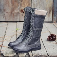 The Elm & Stout Boots in Gray