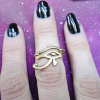 Gold Eye of Ra Midi above the knuckle ring