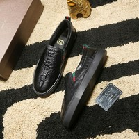 Gucci Man or Woman Fashion Edgy Plus Velvet Casual Shoes