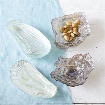 Sea Glass Lustrous Shell Plates - Clam Oyster