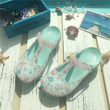 New Style 2017  Fashion Woman Summer Change Color Sandals croc Hollow Beach Shoes Leisure Girls Jelly Female Garden Shoes