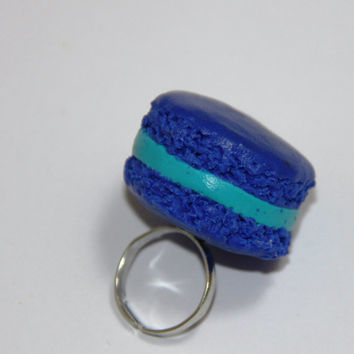 Blue Macaron Ring, Handmade Polymer Clay Macaron Ring, kawaii cookie jewelry, miniature dessert jewelry, realistic food jewelry,