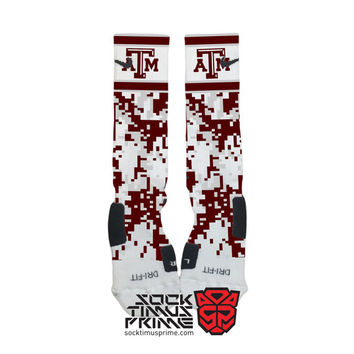 Custom Nike Elite Socks -  Texas A&M Aggies Custom Nike Elites - Texas AM Socks, Custom Elites, Texas AM Football