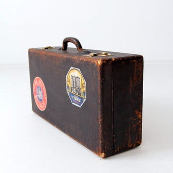Shop Vintage Travel Suitcase on Wanelo