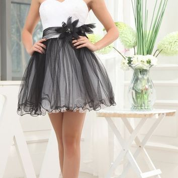 Tulle Short Cocktail Dress White Black Zipper Back A-line Formal Wedding Party Dress