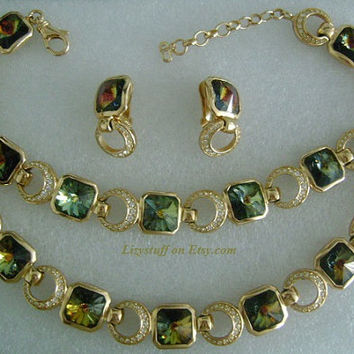Parure Set CHRISTIAN DIOR Haute-Couture Goldtone Crystal Rhinestone Color Change Alexandrite Necklace Bracelet Earrings Stunningly Beautiful