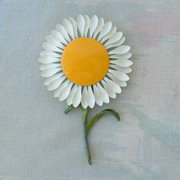 Yellow Sunflower Enameled Flower Pin 1960s Floral Vintage Jewelry