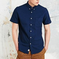 Shore Leave Garment-Dyed Short-Sleeved Shirt in Navy - Urban Outfitters