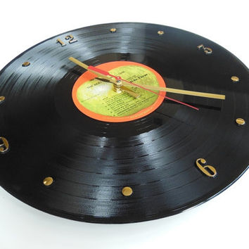 THE BEATLES Record Clock (The Beatles 1962-1966)