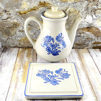 Vintage Stoneware Pfaltzgraff Yorktowne Coffee Pot and Trivet, Farmhouse Decor, Shabby Chic, Cottage Decor