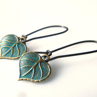 Small Blue Patina Leaf Earrings, Verdigris Petite Leaf dangle Earrings, Small Brass Leaf Charm Earrings, Fall earrings, Autumn Trend