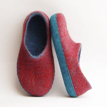 Boiled wool slipper-felted slippers-woman wool loafer-felted wool slippers-wool clogs-blue suede-plum color