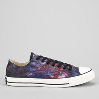 Converse Chuck Taylor All Star Low-Top Tie-Dye Men's Sneaker - Urban Outfitters