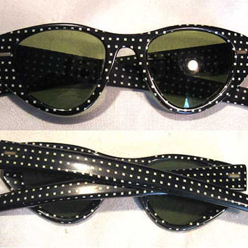 Vintage 50s 60s Poka Dot SunGlasses Cat Eye Glasses Black White Green Lens