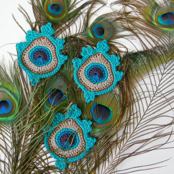 Original Crochet Peacock Feather Applique or Motif in aqua (1x) - READY TO SHIP