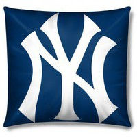 Northwest Co. MLB New York Yankees Square Pillow - 1MLB/38600/0020/RET - Pillows, Blankets & Slipcovers - Decor