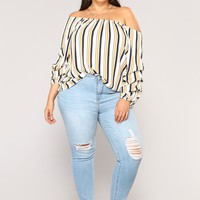 Warm Tones Off Shoulder Top - Ivory/Navy