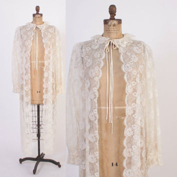 Vintage 70s CHLOE Peignoir / 1970s Sheer Ivory Lace Dressing Gown Robe Bridal Wedding