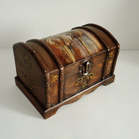 Hand Decorated Rustic Shabby Сhic Jewelry Trinkets Cigar Box Distressed Brown Decoupage Tulip